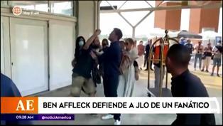 Ben Affleck defiende a 'JLO' apartando a un fanático entusiasta