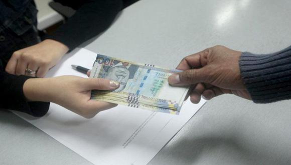 Desde el 9 de diciembre pasado, las personas debían enviar la solicitud a través de la página web habilitada por la Asociación de AFP (Foto: Andina)
