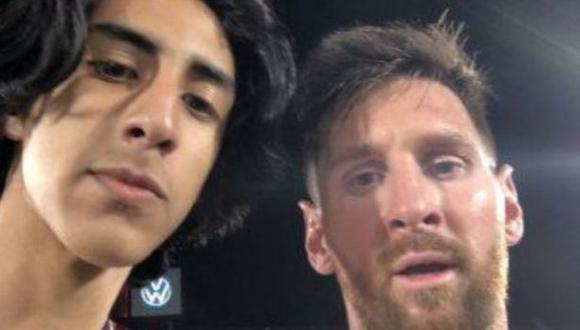 La narración del paraguayo que se tomó una foto con Lionel Messi. (Foto: Twitter de Samir Elizalde)