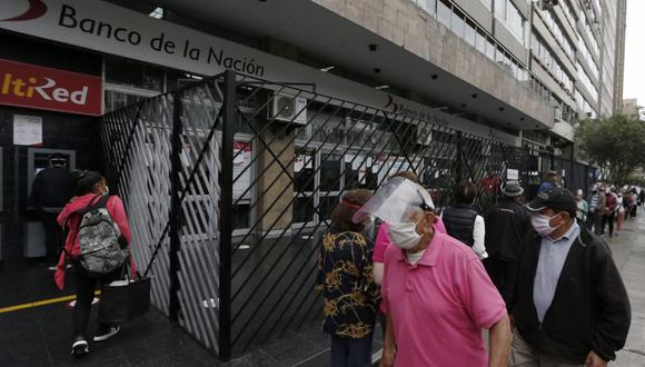 Gobierno confía que el pago del Bono de 600 soles no produzca aglomeraciones al momento de la entrega del dinero. Foto:  Andrés Paredes / @photo.gec