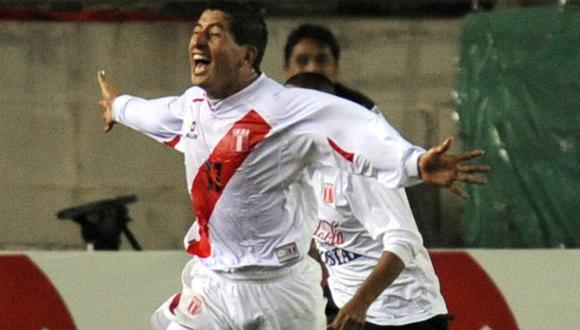 Johan Fano le marcó el gol del empate a Argentina en el 2008   Foto: AFP