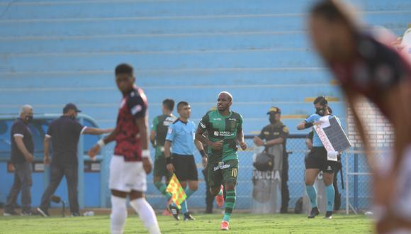 Jefferson Farfán regresa al fútbol peruano luego de diecisiete años (Foto: Liga 1).