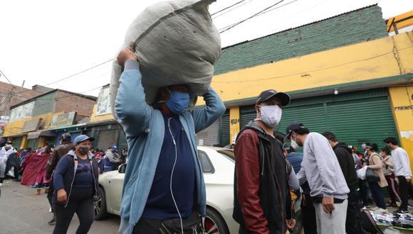 La congresista del Frente Amplio, Rocío Silva Santisteban ha presentado una iniciativa para que se apruebe un Bono Universal, el cual beneficiaría a todo peruano mayor de 18 años, mientras dure la emergencia sanitaria. (FOTO: GEC)