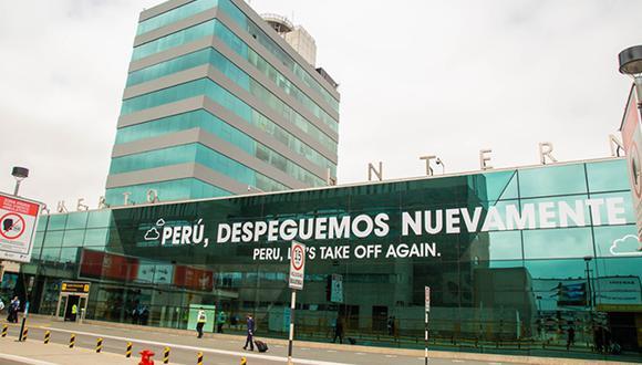 Se expide el Pasaporte Electrónico en el Aeropuerto Jorge Chávez para casos de emergencia. Foto: Migraciones