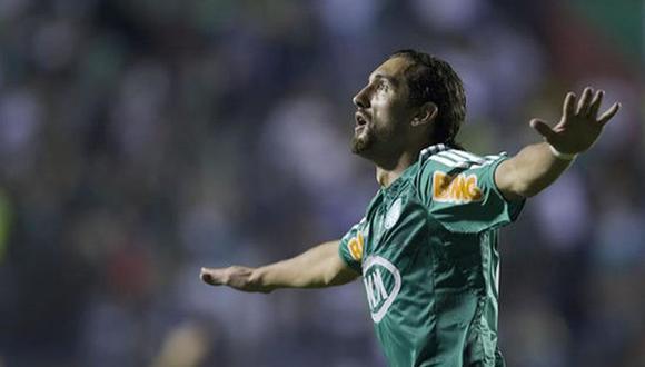 Hernán Barcos compartió un mensaje tras confirmarse la contratación a Alianza Lima. (Foto: EFE)