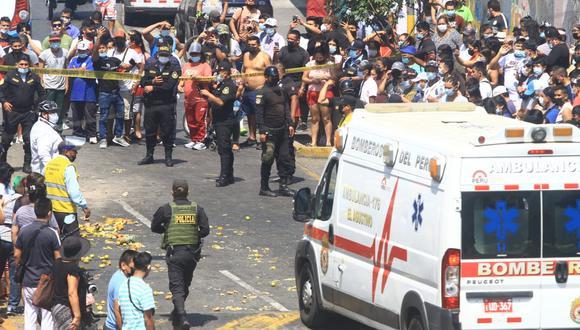 Terrible accidente dejó una persona muerta y tres heridas.