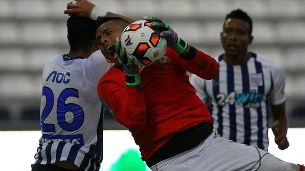 Ex Alianza ataja penal y le dio clasificación a club que pelea por ascender
