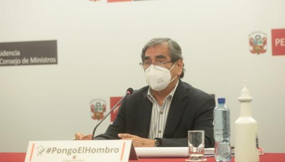 Ministro de Salud, Óscar Ugarte, se pronunció sobre la vacuna de Sinopharm. (Foto: PCM)