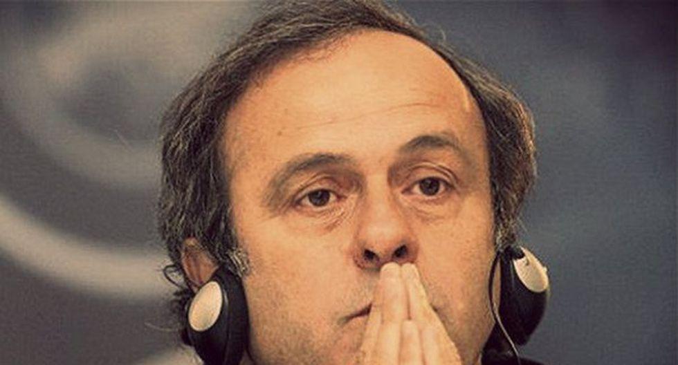 FIFA: Michel Platini le pide a Joseph Blatter que dimita