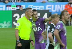 Hincha fue atendido de emergencia tras descompensarse en el Newcastle vs. Tottenham   VIDEO