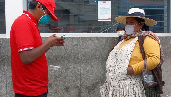El bono forma parte del Bono Familiar Universal, que facilitará la ayuda a 6,8 millones de familias peruanas (Foto: AFP)