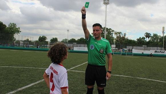 Argentina revoluciona el fútbol implementando la 'tarjeta verde'