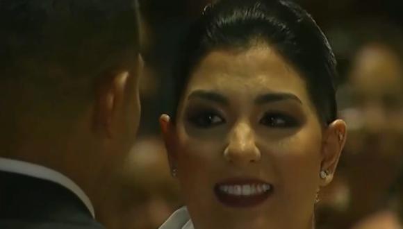 Ana Siucho se emocionó a la hora de dar el 'sí' al futbolista Edison Flores. (Captura de pantalla)