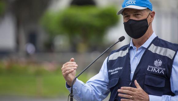 Muñoz enfatizó que la falta de oxígeno medicinal se debe a un descuido por parte del Estado. Sin embargo, sostuvo que lo mejor, por ahora, es encontrar soluciones. Foto: Andina
