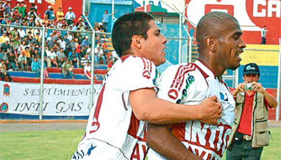 Ayacuchanos iban perdiendo 1-0 y al final se impusieron 2-1 ante los rimenses.