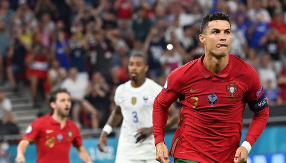 La felicitación de Ali Daei a Cristiano Ronaldo. (Foto: EFE)