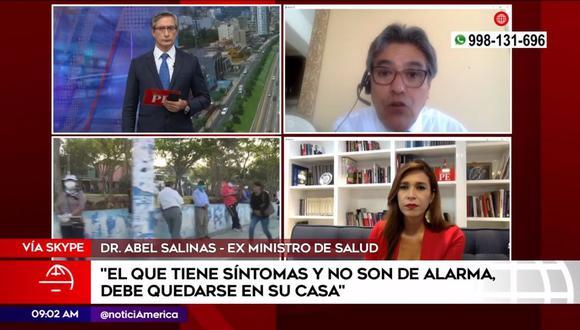"""Verónica Linares apareció conduciendo """"América Noticias"""" desde su casa. (Foto: Captura de video)"""
