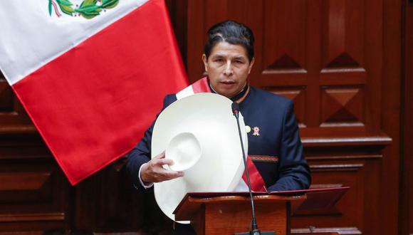 El nuevo presidente Pedro Castillo aseguró que no permitirá que ninguna persona se humille en canales de espectáculos para poder recibir atención en centros de salud. (Foto: Presidencia de la República)