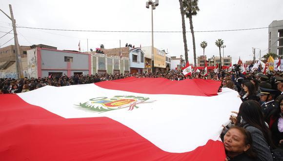 Convocan a los ciudadanos a que entonen el Himno Nacional hoy al mediodía. (Foto: Referencial/Archivo GEC)