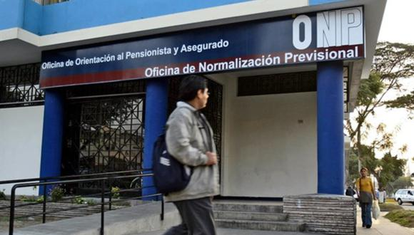 Mientras el Gobierno está plantenado el pago de un beneficio de hasta S/1.000, cinco bancadas aseguran que votarán a favor de la devolución de aportes a la ONP. (Foto: GEC)