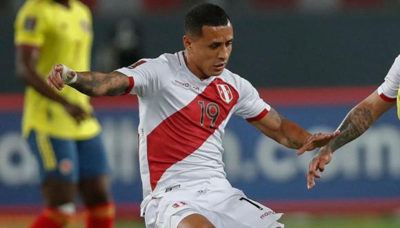 Yoshimar Yotún alabó el trabajo de Gianluca Lapadula en la victoria de la selección peruana. (Foto: AFP)