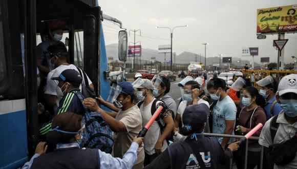 Las cifras de decesos y nuevos contagios fueron actualizadas por el Minsa. (Foto: Britanie Arroyo / @photo.gec)