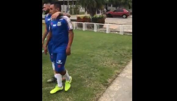 Christian Cueva se lució junto a sus compañeros de Santos en el primer día de pretemporada