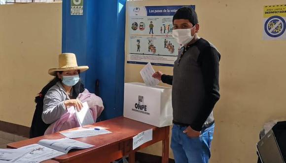 Al igual que el 11 de abril, en la segunda vuelta del 6 de junio se continuará con los protocolos de bioseguridad que implementó la ONPE por desarrollarse las elecciones en medio de la pandemia de COVID-19. (Foto: ONPE)