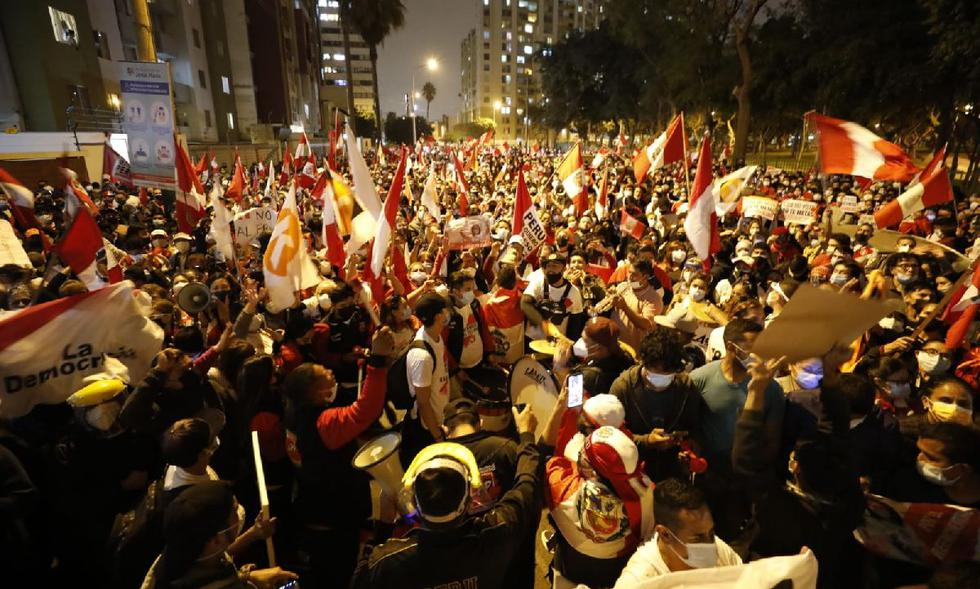 Marcha Simpatizantes Fuerza Popular