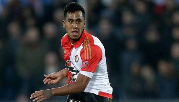 Renato Tapia, mediocampista nacional, alzó el primer título liguero de su carrera. Lo hizo con el Feyenoord de Holanda. (Foto: AFP)