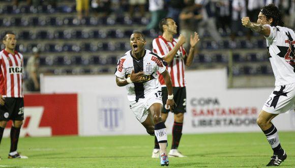 Wilmer Aguirre fue la figura del partido ante Estudiantes, el 'Zorrito' anotó 3 goles.