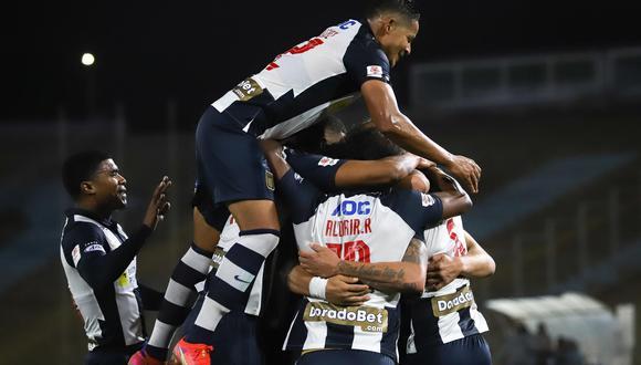 Alianza Lima venció 2-1 a Cantolao en el estadio San Marcos.