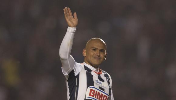 Humberto Suazo regresó a Chile para jugar por el Colo Colo [VIDEO]