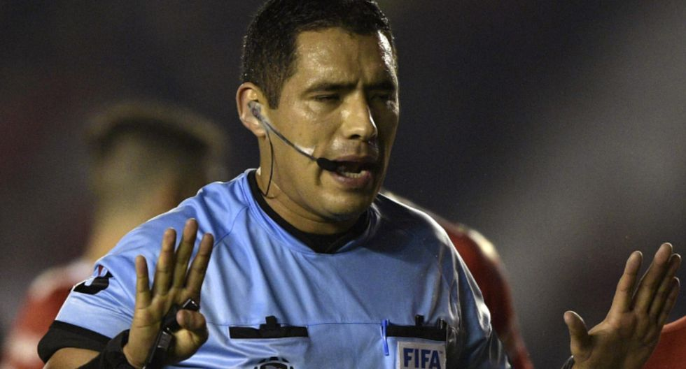 Diego Haro estará a cargo del VAR en la final de la Copa Libertadores 2019 en el Monumental | Foto: AFP