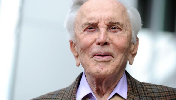 Kirk Douglas, ícono masculino de la edad dorada de Hollywood, fallece a los 103 años. (Foto: AFP)