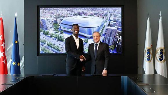 Eduardo Camavinga firmó contrato con Real Madrid hasta 2027. (Foto: Real Madrid)