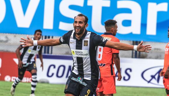 El delantero blanquiazul se refirió a la sanción que recibió Jefferson Farfán previo al duelo ante Sporting Cristal | Foto: Alianza Lima