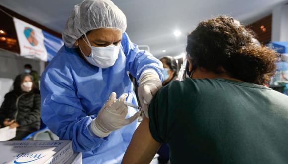 Para el mes de agosto se había programado el arribo de más de siete millones de dosis de vacunas. Esta semana llegaría un nuevo lote de Pfizer (Foto: Andina).