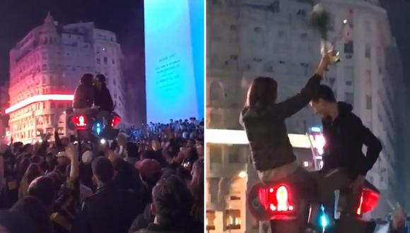 Luego de que Argentina sea campeón de la Copa América, hincha le pidió matrimonio a su novia arriba de un semáforo.