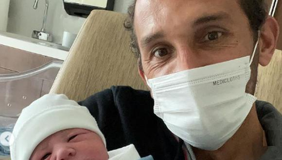 Hernán Barcos anunció la llegada de su hijo. (Foto: Instagram)