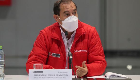 """""""Para mí el error es que no lo ha hecho público"""", señaló Martos en relación a la participación de Martín Vizcarra en ensayos clínicos. (Foto: PCM)"""