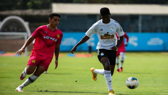 Sporting Cristal ganó 2-0 a Cantolao en su primer partido de práctica. (Foto: @ClubSCristal)