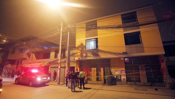 Sicarios asesinaron a madre e hijo dentro de su domicilio ubicado en Villa María del Triunfo. (Foto: César Grados/@photo.gec)
