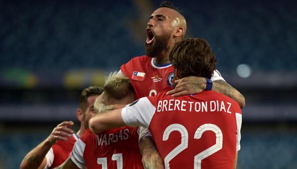 Chile cayó (2-0) ante Paraguay y ahora puede enfrentar a Brasil en cuartos de final. (AFP)