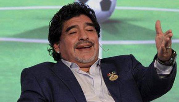 Ambulancia vigila a Diego Maradona por extremo consumo de viagra
