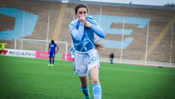 Maria Alejandra Espejo, jugadora de Sporting Cristal