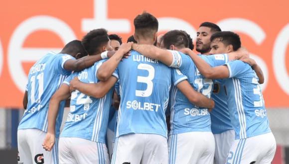 El programa de espectáculos de 'Amor y Fuego' ha mostrado a un jugador de Sporting Cristal en medio de una fiesta con varias personas a poco del play off ante Ayacucho FC