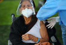 Minsa: vacunación de mayores de 60 años podría empezar la última semana de mayo