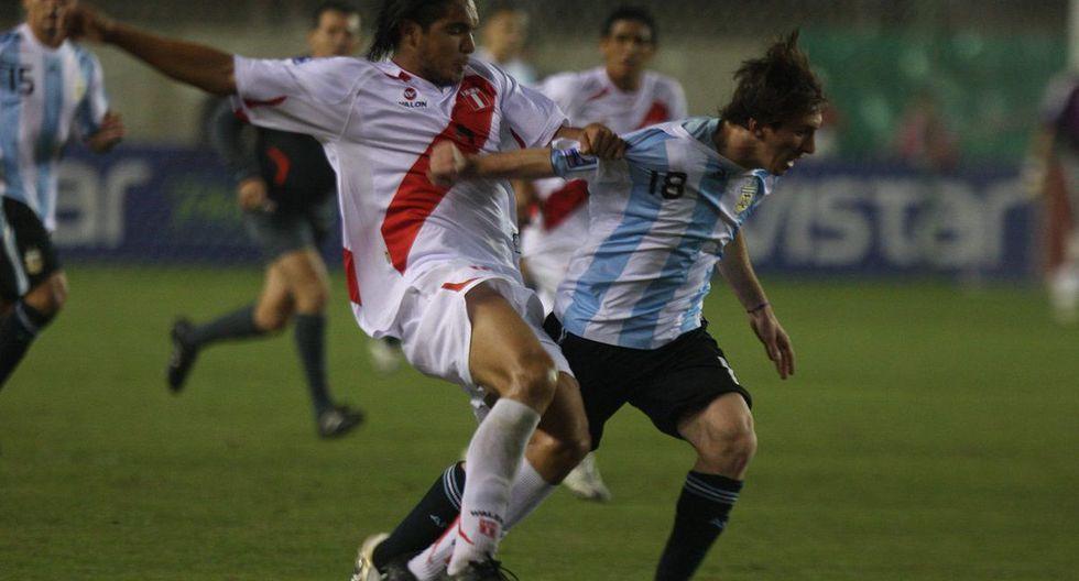 El día que Juan Manuel Vargas sacó la garra ante la selección de Messi [FOTOS]