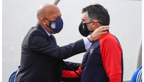 Roberto Mosquera 'cuadró' a Gerardo Ameli y los dos fueron echados.